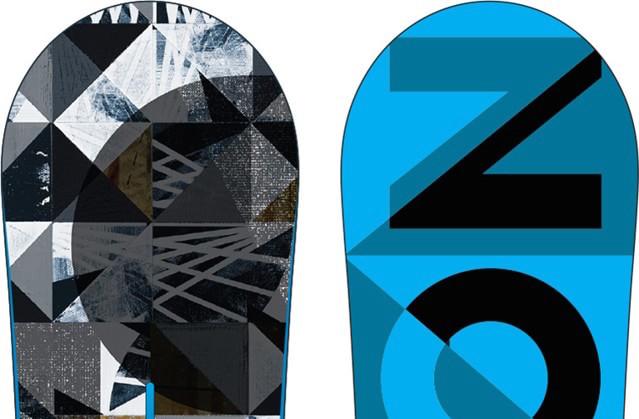 burton-clash-snowboard-blue-tip-base